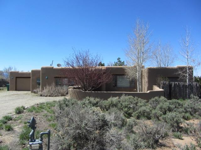 2 Quail Road, Ell Prado, NM 87529 (MLS #103032) :: The Chisum Realty Group