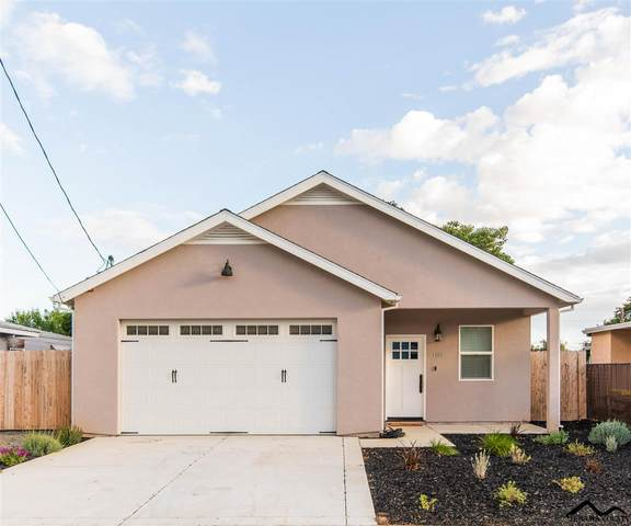 1705 Park Avenue, Red Bluff, CA 96080 (#20200456) :: Wise House Realty