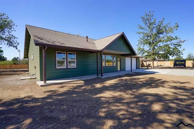 8111 Carlee Drive, Los Molinos, CA 96055 (#20200855) :: Wise House Realty