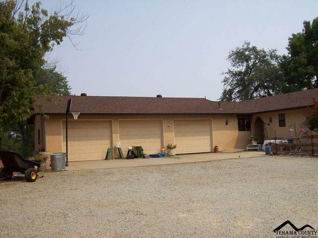12121 Kern Drive, Redding, CA 96003 (#20210913) :: Wise House Realty