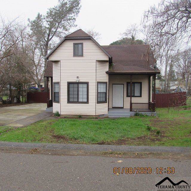 805 Center Avenue, Red Bluff, CA 96080 (#20200033) :: Wise House Realty