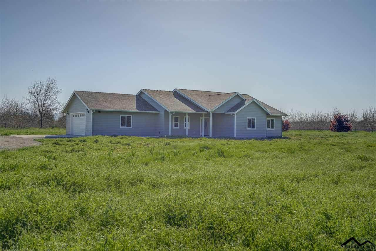 7260 State Highway 99 E - Photo 1