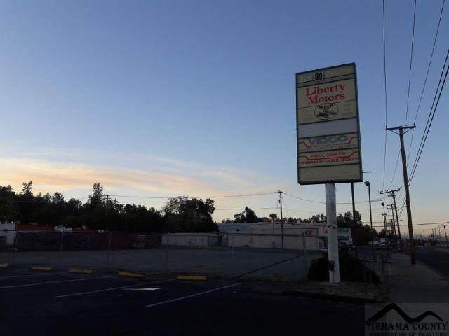 4500/4530 Westside Rd., Redding, CA 96001 (#20210477) :: Wise House Realty