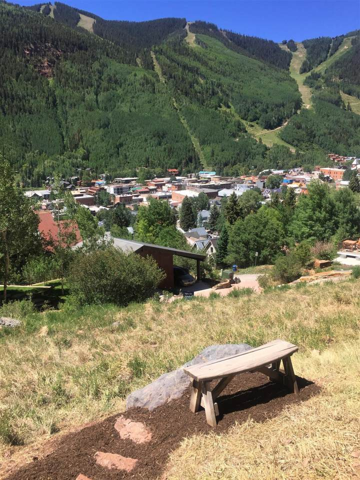 https://bt-photos.global.ssl.fastly.net/telluride/1280_boomver_2_36914-2.jpg