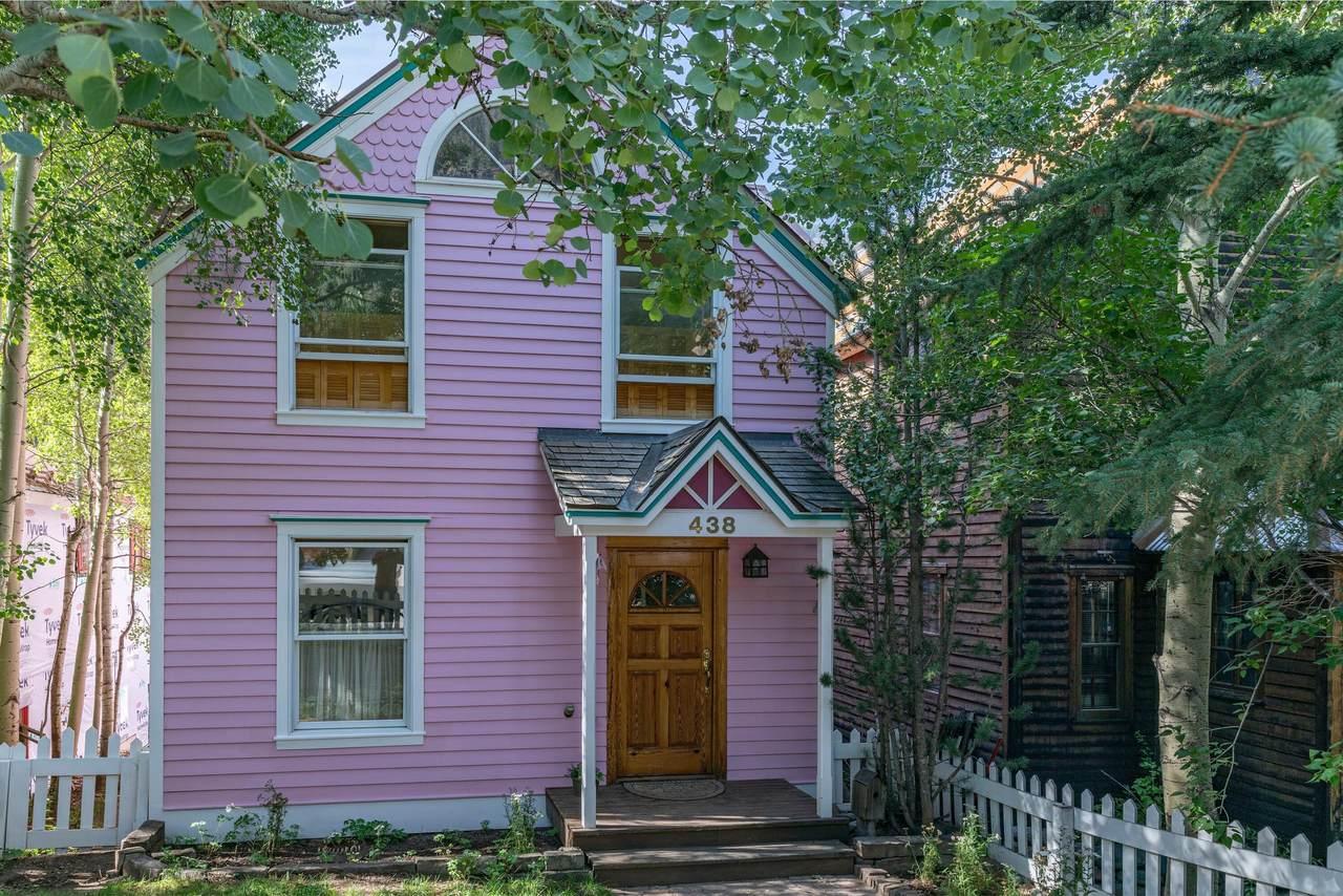 438 Columbia Avenue - Photo 1