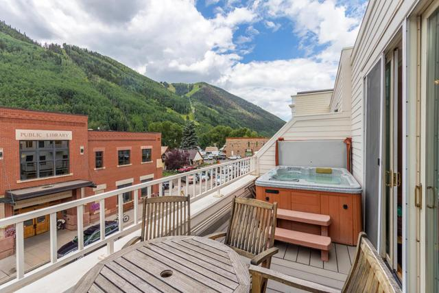 125 W Pacific Avenue #4, Telluride, CO 81435 (MLS #35310) :: Nevasca Realty