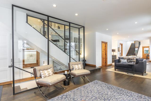 233 S Oak Street, Telluride, CO 81435 (MLS #36680) :: Telluride Properties