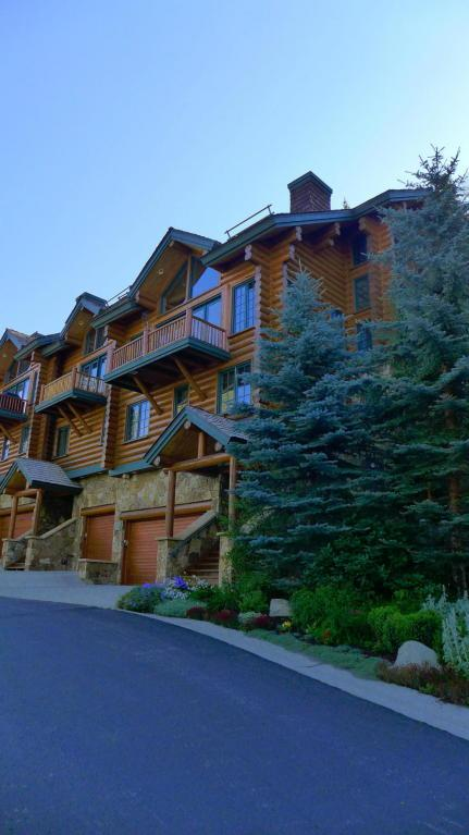 108 Lodges Lane #4, Mountain Village, CO 81435 (MLS #35340) :: Nevasca Realty