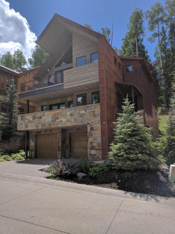 16 Trails Edge Lane, Mountain Village, CO 81435 (MLS #35371) :: Nevasca Realty