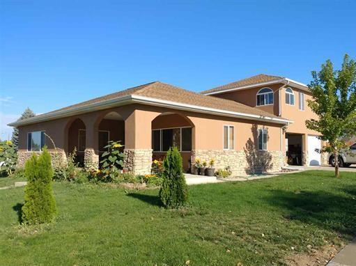 1967 Court Way, Montrose, CO 81401 (MLS #36747) :: Nevasca Realty