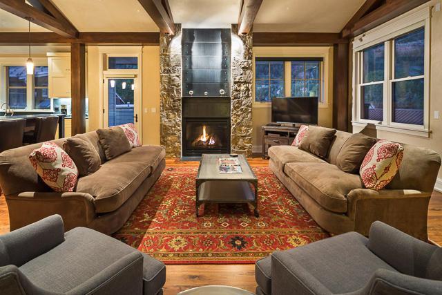398 S Davis Street E4, Telluride, CO 81435 (MLS #32316) :: Telluride Properties