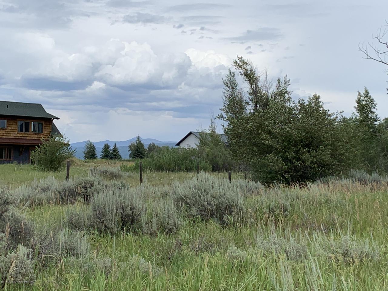 1198 Miller Ranch Rd - Photo 1