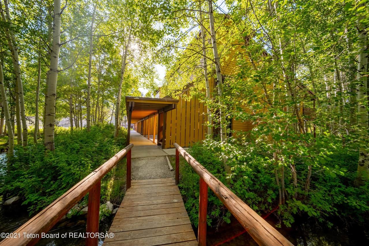 3885 Lake Creek Drive - Photo 1