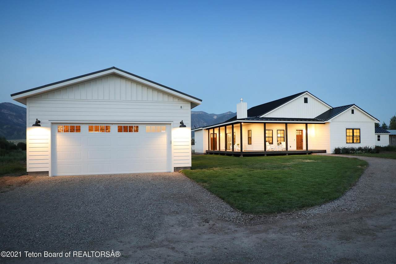 4326 State Line Rd - Photo 1