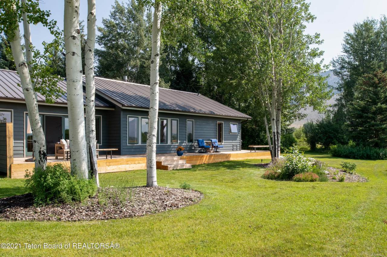 1500 Clydesdale Dr - Photo 1