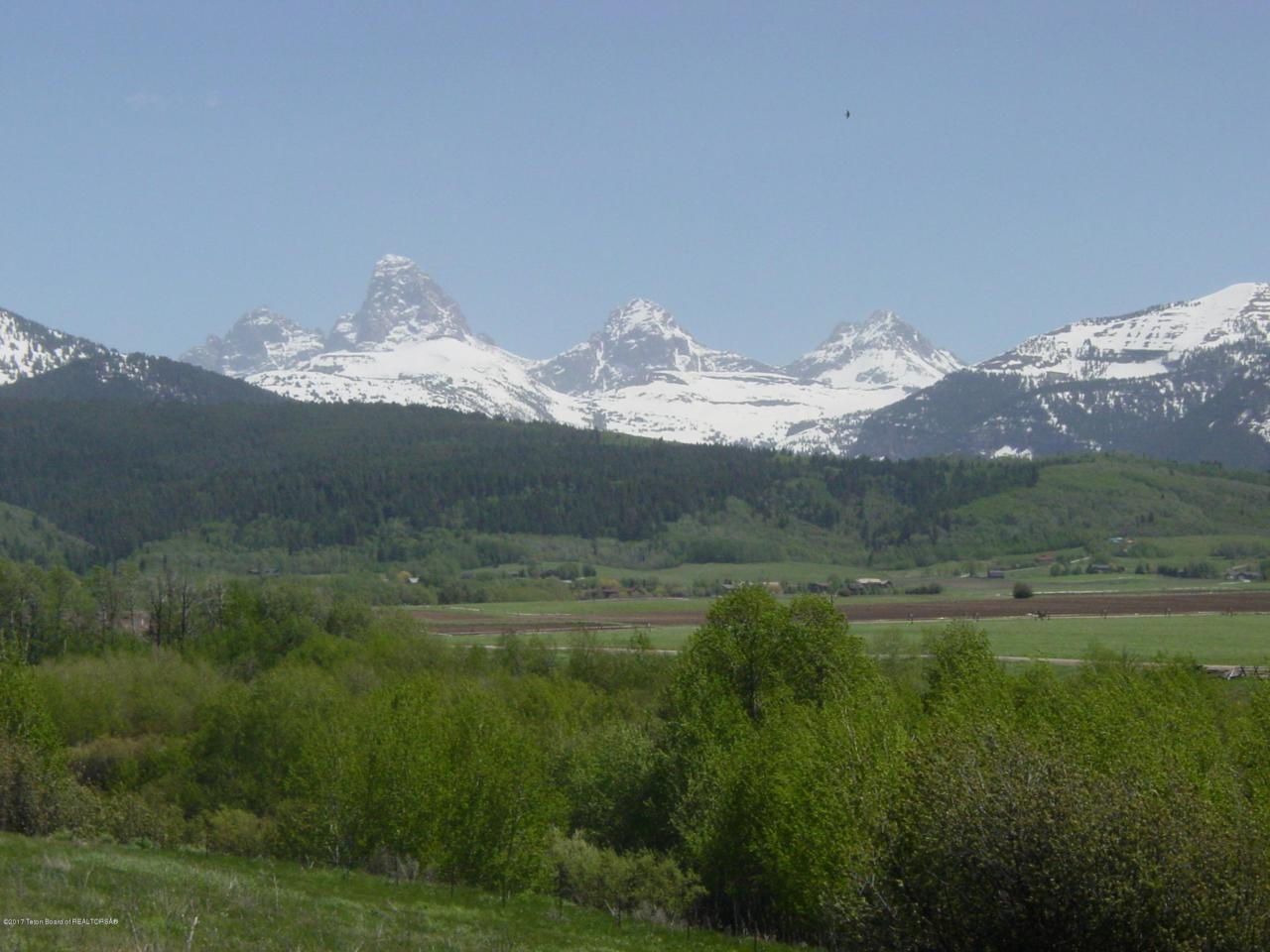 2210 Snow Crest Ranch Dr - Photo 1