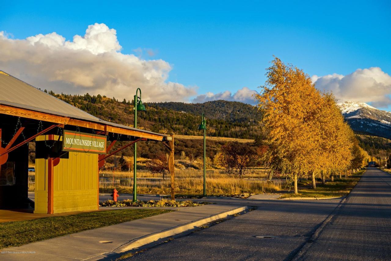 9130 Village Way - Photo 1