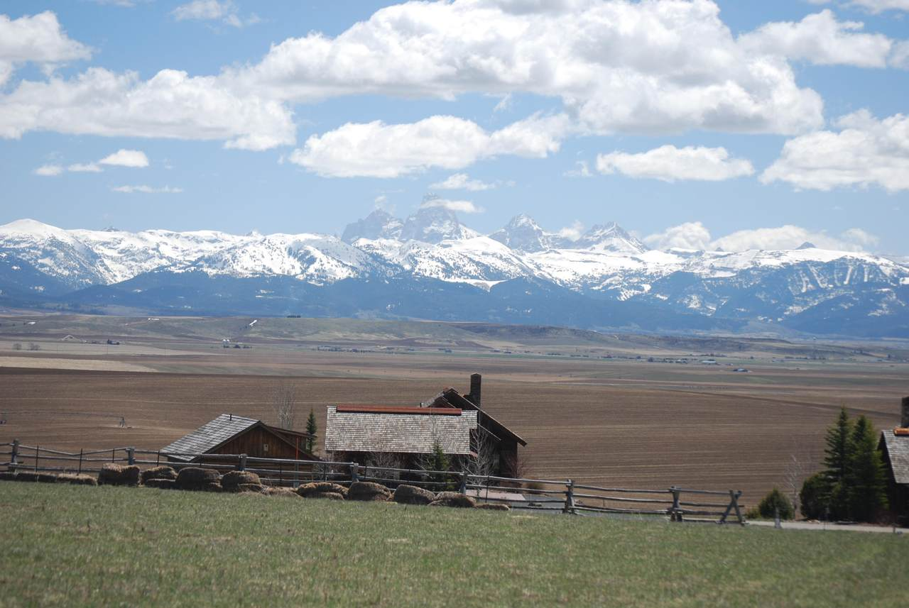 9560 River Rim Ranch Way - Photo 1