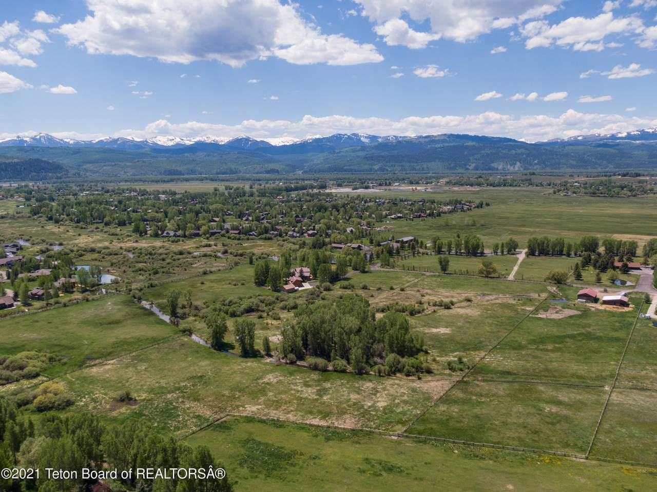 3900 Trail Drive - Photo 1