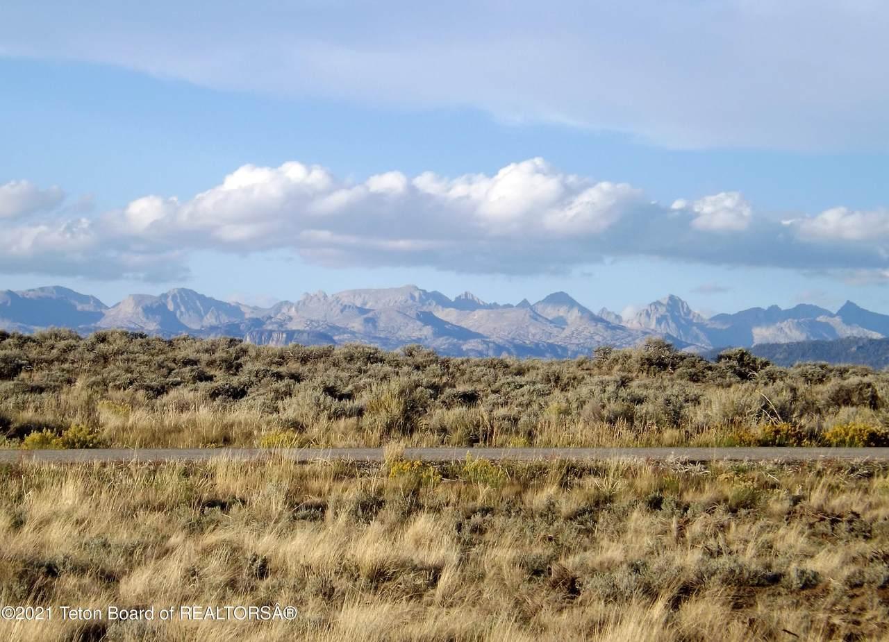 Broken Hills - Photo 1