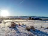 1077 Avalanche Cir - Photo 9