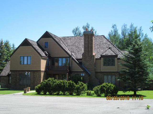 449 Country Club Ln, Pinedale, WY 82941 (MLS #17-2076) :: West Group Real Estate