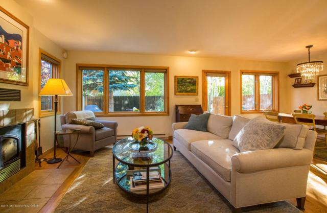 518 E Pearl Ave, Jackson, WY 83001 (MLS #17-2984) :: West Group Real Estate