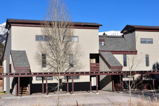 3685 Teton Dr 8-2-3, Wilson, WY 83014 (MLS #17-3309) :: West Group Real Estate