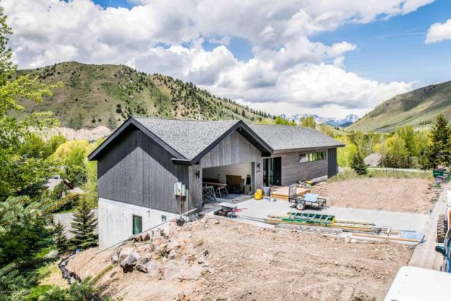 2119 Hidden Ranch Lane, Jackson, WY 83001 (MLS #18-1339) :: West Group Real Estate