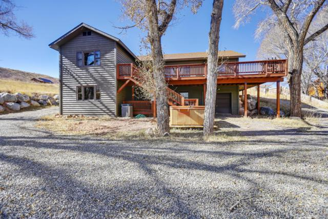503 S 3RD St, Dubois, WY 82513 (MLS #18-3191) :: West Group Real Estate