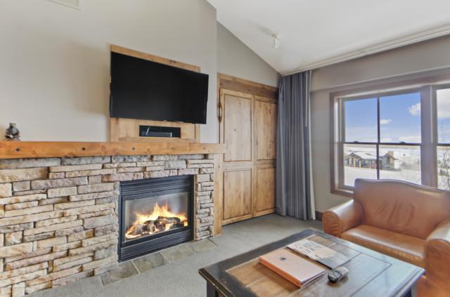 3385 W Village Drive 4104-403, Teton Village, WY 83025 (MLS #18-3358) :: West Group Real Estate