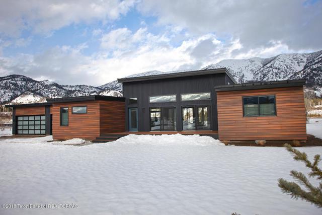 757 Alpine Village Loop, Alpine, WY 83128 (MLS #18-430) :: Sage Realty Group