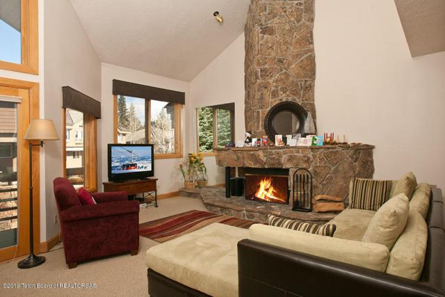 3531 W Mccollister Drive, Teton Village, WY 83025 (MLS #19-108) :: West Group Real Estate