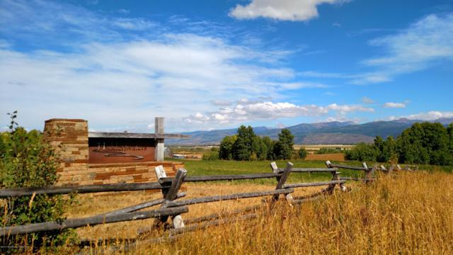 3433 Old Post Ln, Victor, ID 83455 (MLS #19-1127) :: West Group Real Estate