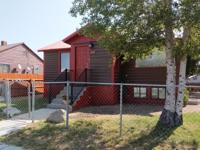 137 S Franklin Ave, Pinedale, WY 82941 (MLS #19-1653) :: West Group Real Estate