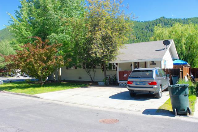 910 Smith Ln, Jackson, WY 83001 (MLS #19-1807) :: The Group Real Estate