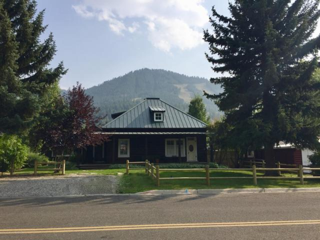 560 E Hansen Ave, Jackson, WY 83001 (MLS #19-243) :: Sage Realty Group