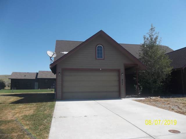 825 Austin Ln, Pinedale, WY 82941 (MLS #19-2847) :: Sage Realty Group
