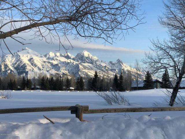220 Huckleberry Drive, Jackson, WY 83001 (MLS #19-365) :: Sage Realty Group