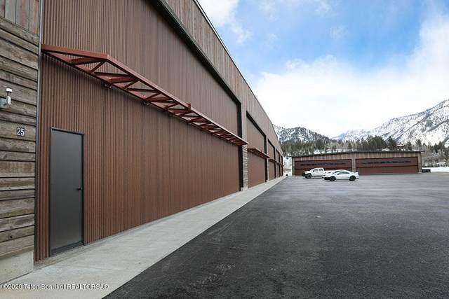 209 S Refuge Pkwy 23, Alpine, WY 83128 (MLS #20-1383) :: West Group Real Estate