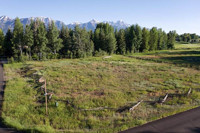 375 E Spruce Dr, Jackson, WY 83001 (MLS #20-1961) :: Sage Realty Group