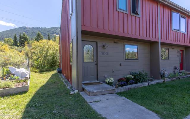 700 W Snow King Ave, Jackson, WY 83001 (MLS #20-2550) :: Sage Realty Group