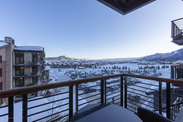 3335 W Village Drive #419, Teton Village, WY 83025 (MLS #20-292) :: West Group Real Estate