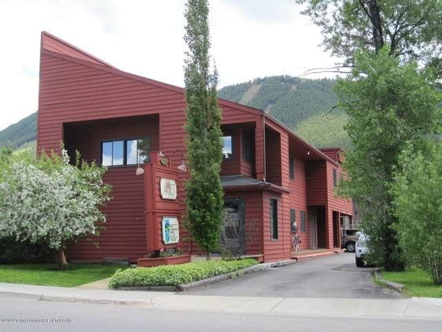 420 W Pearl Ave, Jackson, WY 83001 (MLS #20-3203) :: West Group Real Estate