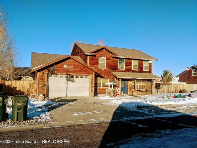 325 Meadowood St, Pinedale, WY 82941 (MLS #20-3707) :: Sage Realty Group