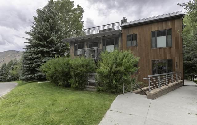 429 Snow King Loop #4, Jackson, WY 83001 (MLS #20-478) :: West Group Real Estate