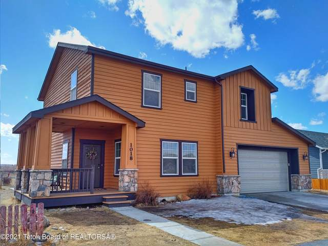 1018 River Bend St, Pinedale, WY 82941 (MLS #21-1019) :: West Group Real Estate
