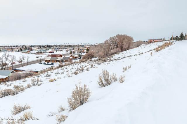 17 S Skyline St, Pinedale, WY 82941 (MLS #21-1125) :: West Group Real Estate
