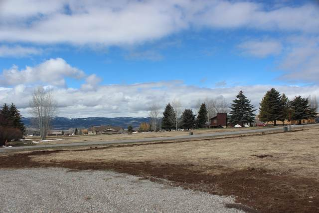 LOT 26 Ridgecrest Dr, Star Valley Ranch, WY 83127 (MLS #21-1286) :: West Group Real Estate