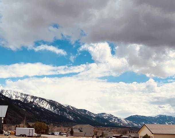 411 Alta Dr, Star Valley Ranch, WY 83127 (MLS #21-1472) :: Coldwell Banker Mountain Properties